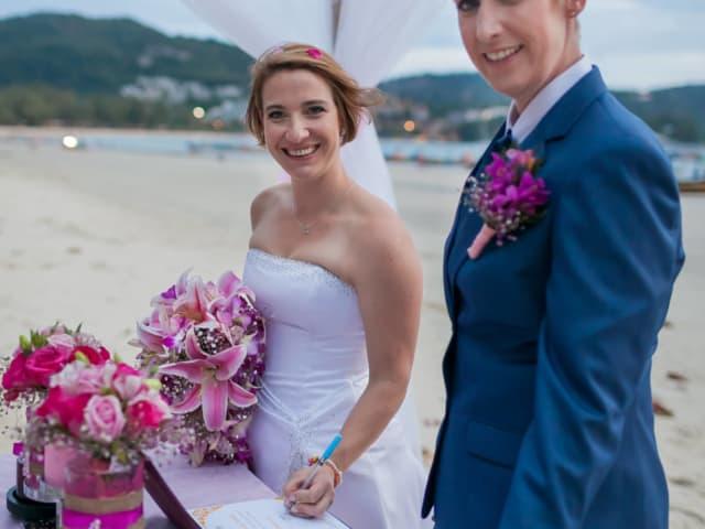Phuket Beach Marriage Laura & Marie (15)