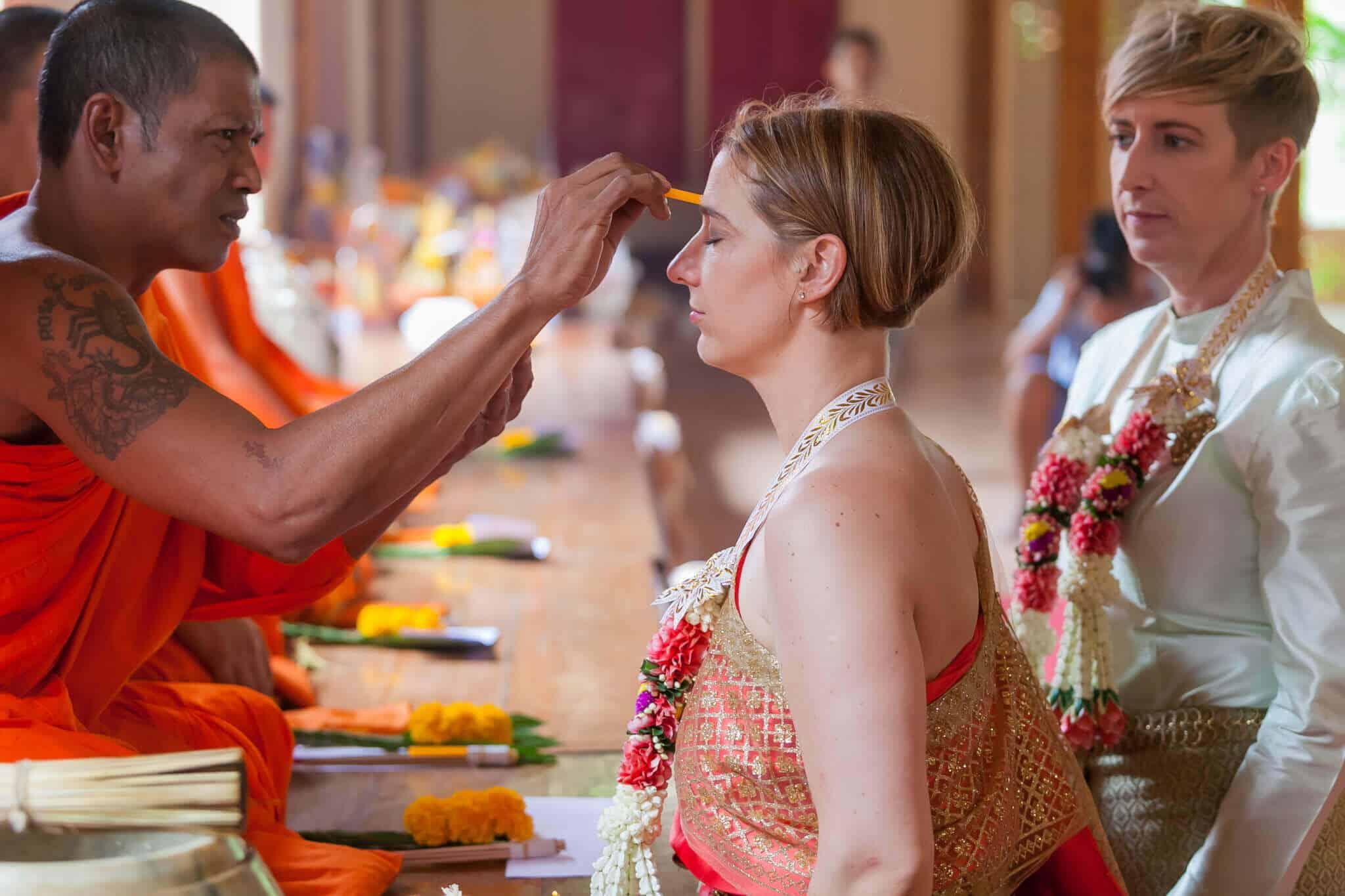 Thai Monks Wedding Blessing (8)