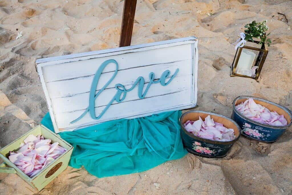 Tina-Tim-Beach-Wedding-Vow-Renewal-2nd-Jan-2020-on-Hua-Beach-20